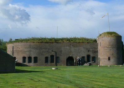 Fort-Hoofdgebouw-Fort-Buitensluis-voorzijde