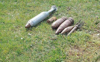 Bommen en granaten op Fort Buitensluis