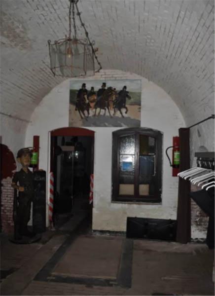 Toegang brudkelder Fort Buitensluis